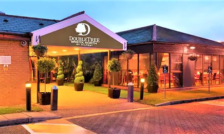 Bristol: Queen Guest Room for Two People at 4* DoubleTree by Hilton Hotel Bristol North